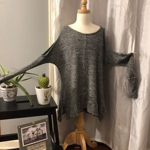 Charmed Hearts Sweaters - 💗💗Charmed Hearts cold shoulder sweater